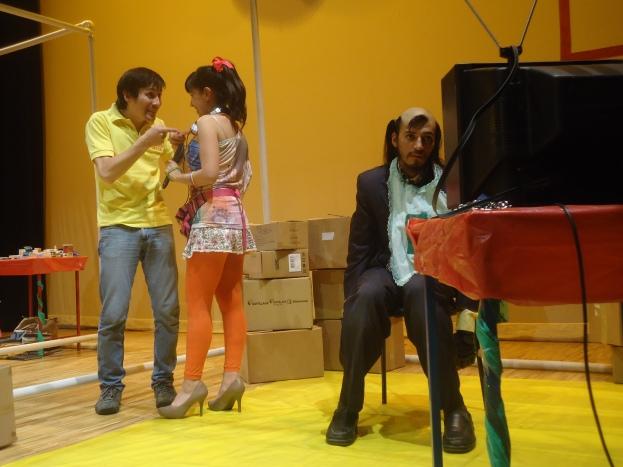 CHICAS KITSCH sin teatro tian sanchez (1)
