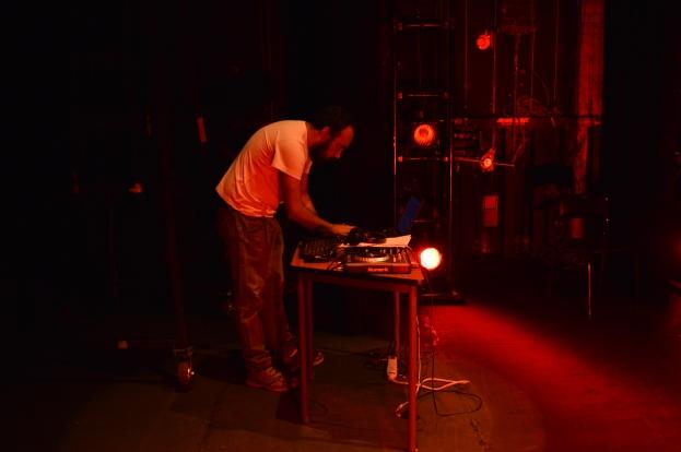 Dj Lujuria, en la prueba del performans momentos previos al evento